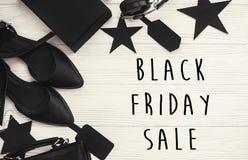 Black Friday sprzedaży teksta duży znak, minimalistic mieszkanie nieatutowy special fotografia stock