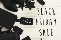 Black Friday sprzedaży teksta duży znak, minimalistic mieszkanie nieatutowy special obrazy stock