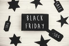Black Friday sprzedaży teksta duży znak, minimalistic mieszkanie nieatutowy special obrazy royalty free