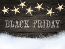 Black Friday-teken op houten achtergrond met star-shaped lichten en sneeuw Ontwerpmalplaatje voor banners, vliegers en zo Royalty-vrije Stock Afbeelding