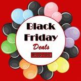 Black Friday trata o conceito os balões coloridos e o quadro branco redondo Foto de Stock