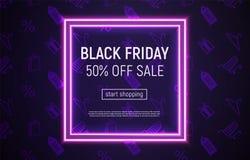 Black Friday-Verkaufsfahne mit quadratischem Neonrahmen auf Veilchen stockfoto