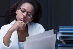 Black girl reading a document Royalty Free Stock Photography