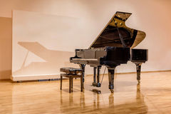 Black Grand piano at the concert Hall Stock Photography