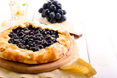 Black grapes and rosemary tart Royalty Free Stock Images