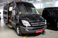 Black Mercedes-Benz Sprinter 324 Royalty Free Stock Photos