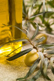 Green olive with bottle of oil Royalty Free Stock Photography