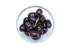 Black olives on bowl from above Stock Photography
