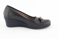 A  black platform shoes Royalty Free Stock Photography