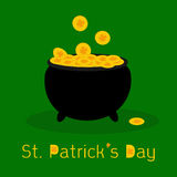 Black pot full of leprechauns gold coins with luck Stock Photography
