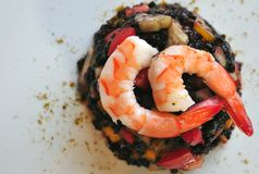 Black rice salad with shrimps Stock Photography
