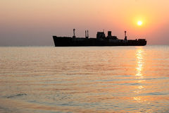 Black Sea haveri på soluppgång Arkivfoto