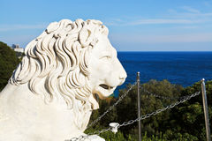 Black Sea and medici lion near Vorontsov Palace Stock Photo