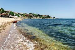 Black Sea på gammal stadbakgrund Royaltyfri Foto