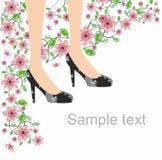Black shoes fjärilen och rosa blommor Arkivfoto