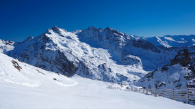 Black slope from Cime Caron to Orelle Royalty Free Stock Photos
