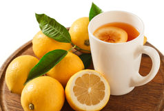 Black tea with lemon closeup  Stock Photography