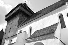 Black&White 被加强的撒克逊人的中世纪教会在村庄Crit,特兰西瓦尼亚 图库摄影