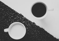 Black and white coffee cups Royalty Free Stock Photos