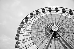 Black and white ferris wheel, horizontal Royalty Free Stock Photos