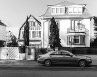 Black and white image of Luxury Mercedes-Benz S Class limousine Royalty Free Stock Photos