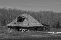 Old Abandoned House. A black and white image of an old abandoned homestead in a rural setting Stock Photography