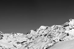 Black and white panoramic view on off-piste slope and snow mount Stock Photography