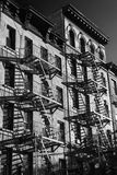 Black and white photo of the exterior of a building in New York Stock Image