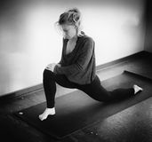 Black and White Portrait of a Beautiful Blond Woman Doing Yoga Royalty Free Stock Photos