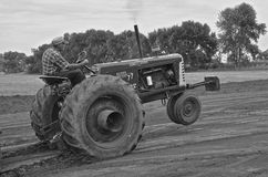 Black and White: Tractor pulling contest Stock Image