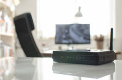 Free Black Wireless Router On White Reflective Table Stock Photography - 93829792