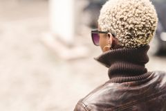 Free Black Woman With Short Afro Hair Stock Image - 132910161