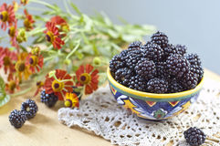 Free Blackberry And Flowers Stock Photography - 25887962
