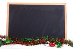 Blackboard dekorujący wesoło święto bożęgo narodzenia Fotografia Royalty Free