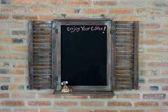 Blackboard dla menu na barze z tkanką Odbitkowa przestrzeń dla teksta obrazy stock