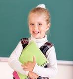 blackboard nära schoolchild Royaltyfria Foton