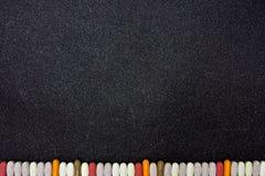 Blackboard tło z granicą robić witaminy i ziołowi nadprogramy Obrazy Royalty Free