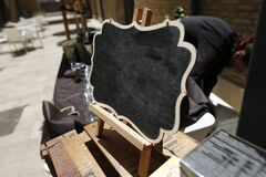 Blackboard well decorated at a wedding