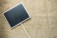 Blackboard wydrążenia kwadrata stylu drewniany talerz fotografia stock