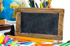 Blackboard z szkolne dostawy Zdjęcie Stock