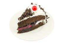 Blackforest kaka på vit bakgrund Arkivbilder