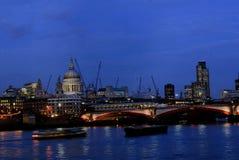 blackfriars γέφυρα στοκ φωτογραφία με δικαίωμα ελεύθερης χρήσης