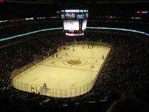 Blackhawk hockey på den eniga mitten royaltyfria bilder