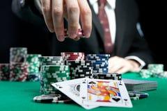 Blackjack σε μια χαρτοπαικτική λέσχη Στοκ Εικόνες