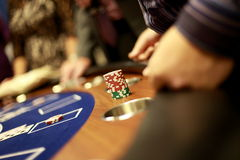 Blackjackchips lizenzfreies stockfoto