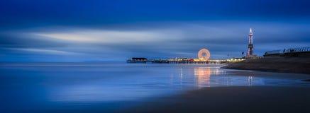 Blackpool bij nacht stock afbeelding