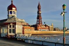 Blackpool-Turm vom Nordpier Stockbild