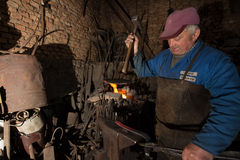 Blacksmith in action Royalty Free Stock Images