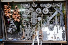 Blacksmith sklepowy okno w Safranbolu obraz stock