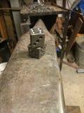 Blacksmithing kostka do gry Zdjęcia Royalty Free